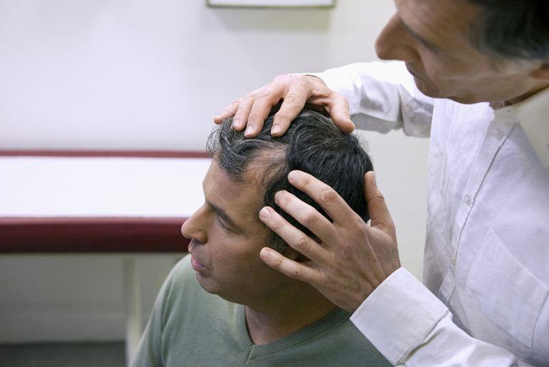 Фурункулез на голове