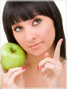 Почему пучит живот после яблок
