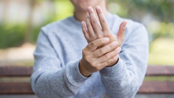 Часто немеют руки и ноги причины